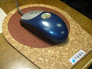 繊維と組み合わせたマウスパッド