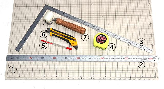 コルクマット敷詰め道具