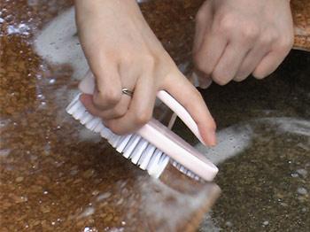 汚れやにおいが気になたtらすぐに洗えるコルクのトイレマット